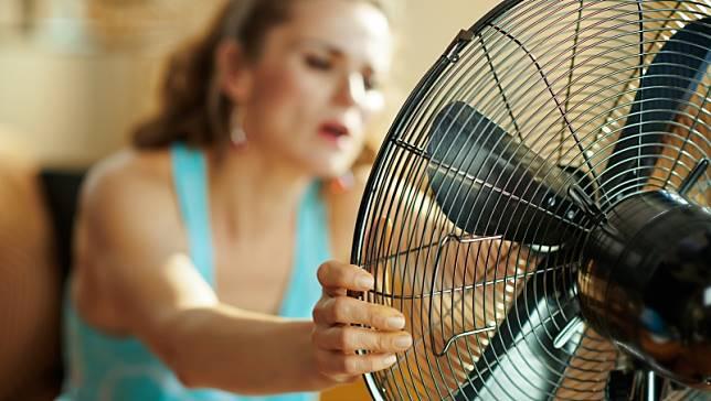 電風扇有「這種情況」,可能隨時燒起來!消防員:最容易引發火災的5種家電