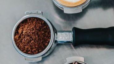 【我是咖啡人】看完這篇你會知道什麼是咖啡入門,我一直在尋找一股咖啡的味道,停下來是因為遇到同好。