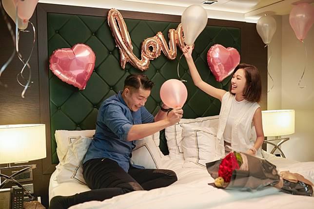 兩晚海上住宿配以浪漫情調房間布置。(互聯網)