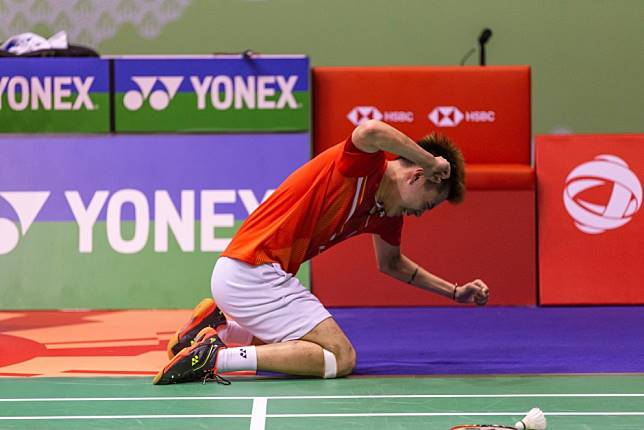 Tear gas, a huge fire and tempers flare but Lee Cheuk-yiu keeps his cool to win Hong Kong Open men's singles title