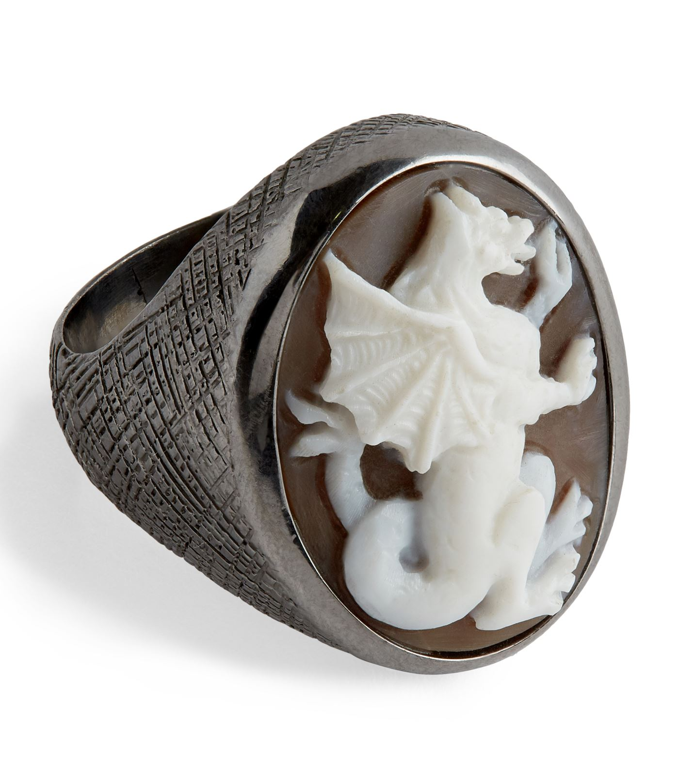 Amedeo - Learning the art of carving cameo at the age of 16, Amedeo's ideas are now elevated through