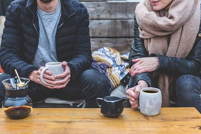 7 Tanda Hubunganmu yang Sekarang Nggak Layak Dipertahankan