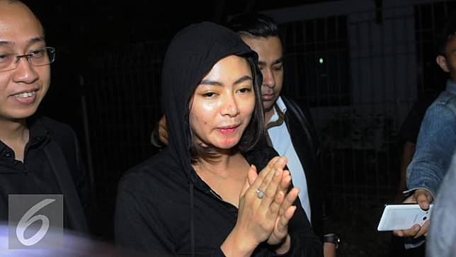 20150715- Vitalia Shesya jalani tes BNN-Jakarta