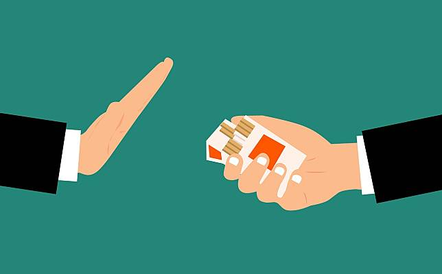 重症風險2倍、肺壁病毒受體多  台大醫揭防疫必須戒菸的5大理由