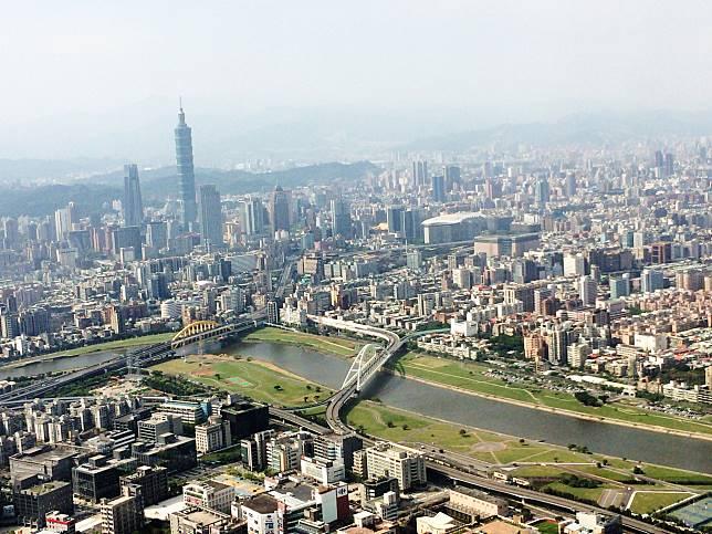 ▲台北的高房價讓許多北漂族難以入手。(示意圖,與文中情境無關/取自 photoAC )