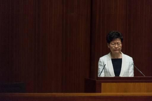 รัฐบาลจีนมีแผนเปลี่ยนตัวหัวหน้าคณะผู้บริหารเกาะฮ่องกง หลังประท้วงเรียกร้องประชาธิปไตยยังยืดเยื้อ Philip FONG / AFP