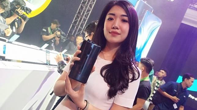 Oppo Reno diluncurkan di Jakarta, Senin (17/6/2019). [Suara.com/Tivan Rahmat]