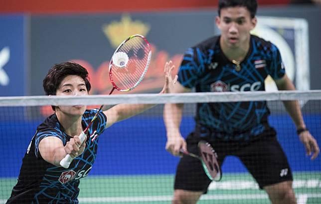 泰國混雙組合德查波(右)/沙西莉(左)去年年終總決賽曾和對手打出來回長達120拍的激烈對抗。(資料照/美聯社)