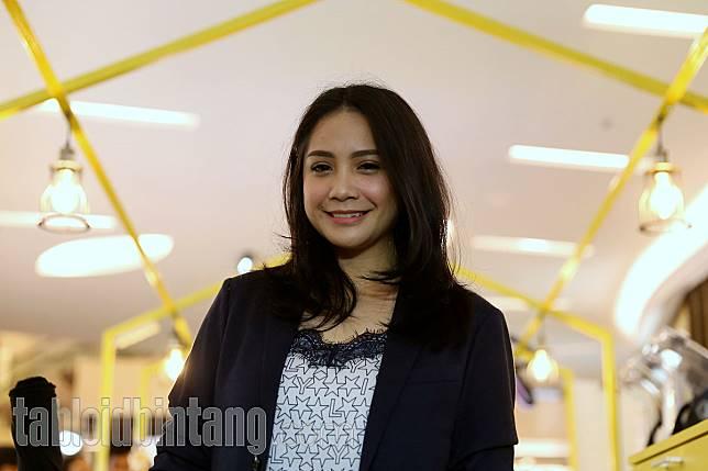 Nagita Slavina Ketahuan Pakai Dress 54 Juta, Begini Komentar Kocak Netizen