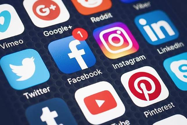 Cara Kerja Humas di Era Digital Media Sosial Berpengaruh