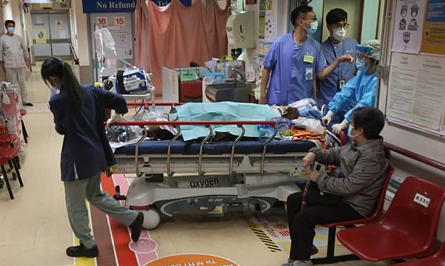 廣華醫院孕婦緊急分娩。