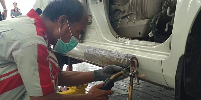 Perbaikan body di Auto2000 Singosari (Liputan6.com/ Amal)