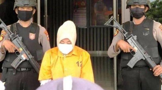 Gelapkan Uang Nasabah Rp 3 Miliar, Karyawati Bank Ditangkap Polisi