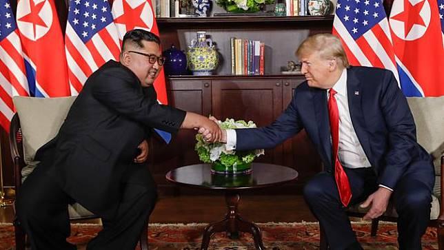 Donald Trump: Pencabutan Sanksi Korea Utara Hanya Akan Terjadi Usai Denuklirisasi
