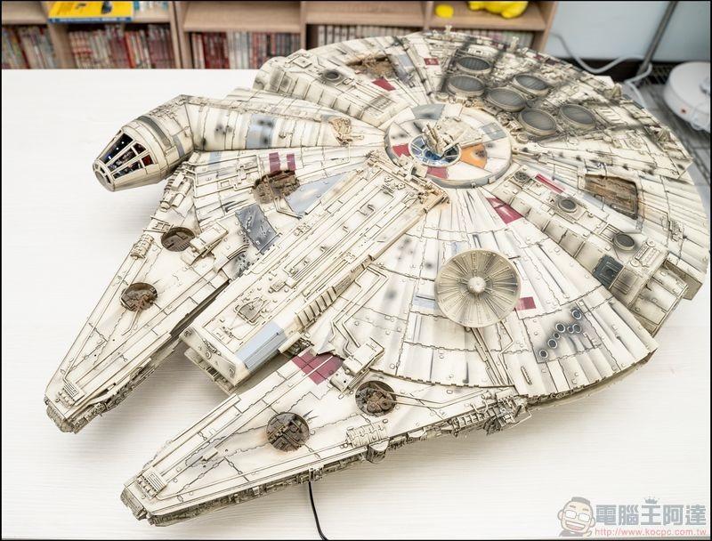 千年鷹號 Millennium Falcon 1:1 模型開箱 - 02