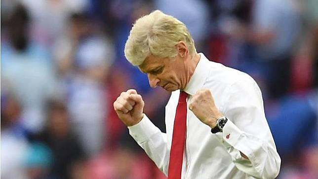 Arsene Wenger - Pria asal Prancis ini merupakan salah satu pelatih sukses di masanya. Pencapaian gemilang bersama Arsenal bisa menjadi pertimbangan Timnas Jerman untuk memakai jasanya. (EPA/Andy Rain)