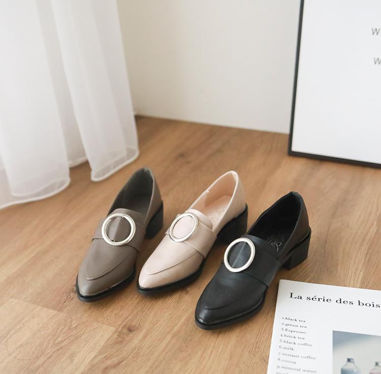 尖頭釦環低跟樂福鞋
