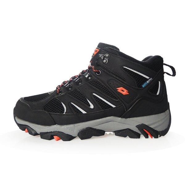 【新春回饋↘滿$1300折$100】LOTTO樂得-義大利第一品牌 男款Sabre Mid 3 戶外登山鞋 [LT9AMO1250] 黑【巷子屋】