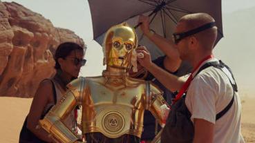 《星際大戰:天行者的崛起》 全新片場照曝光!C-3PO待遇竟高過主角?