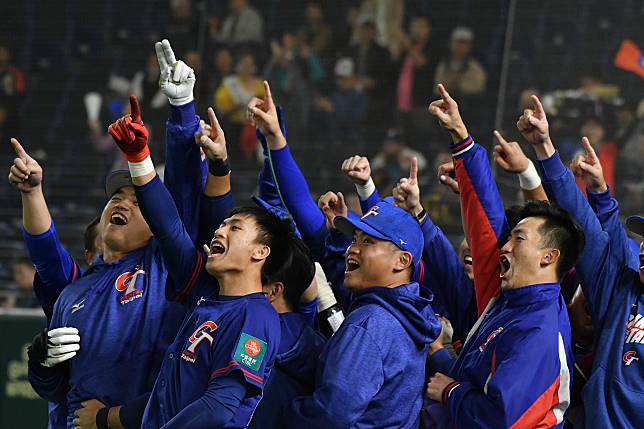 ▲世界棒球12強,中華隊vs.美國隊。中華隊外野手胡金龍