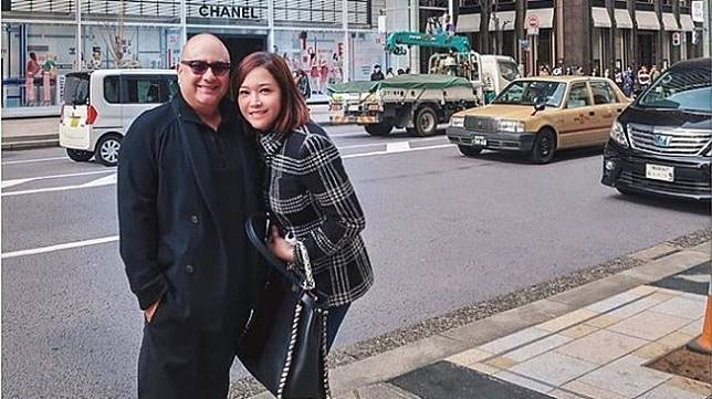 Maia Estianty dan suami, Irwan Mussry di Jepang. (Instagram Maia Estianty)