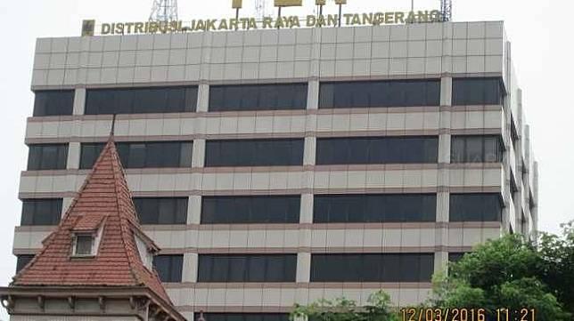 Kantor PLN Wilayah Jakarta Raya dan Tangerang, di Jakarta Pusat, Sabtu, (12/3/2016). [Suara.com/Adhitya Himawan]