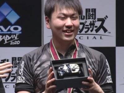 Pemenang Turnamen Super Smash Bros Cuma Diberi Joystick dari Nintendo