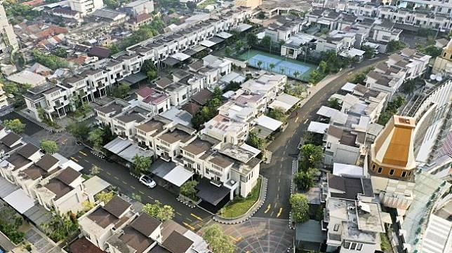 Foto aerial suasana perumahan yang berada di atas mal Thamrin City, Jakarta, Rabu (26/6). ANTARA FOTO/Nova Wahyudi