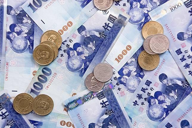 ▲有些商品需要花大量金錢。(示意圖/翻攝自 pixabay )