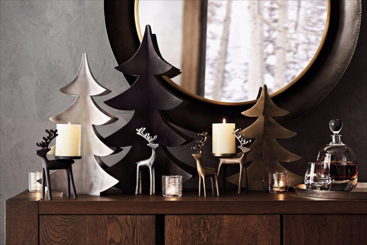 馴鹿造型的燭台,讓聖誕元素與hygge精神結合。(圖片提供_Crate and Barrel)