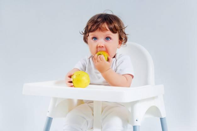 Buah yang Perlu Dihindari Bayi saat Masa Awal MPASI