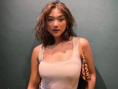 Unggahan Foto Marion Jola di Instagram Bikin Netizen Komen 'Aneh-aneh'