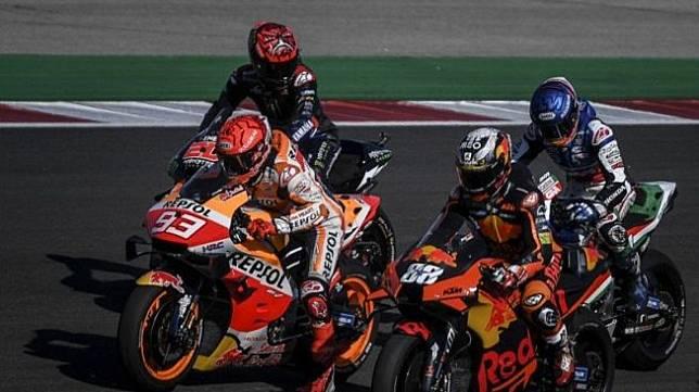 Pebalap tim Repsol Honda Marc Marquez (#93) menjalani Grand Prix Portugal di Sirkuit Algarve, Portimao. (18/4/2021) (Patricia De Melo Moreira/AFP)