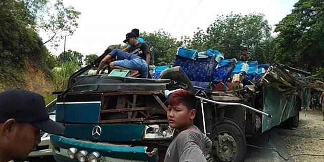 Kecelakaan Bus di Riau, 6 Penumpang Tewas, 9 Luka-luka