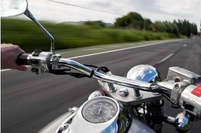 Inspeksi sepeda motor sebelum berkendara bagian dari safety riding. CBC