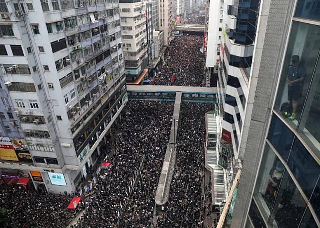 香港接連有反對修訂《逃犯條例》遊行。