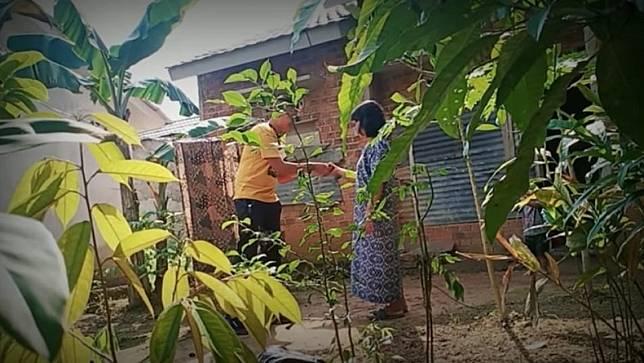Polisi Amankan YouTuber Edo Putra yang Prank Daging Kurban Isi Sampah