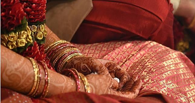 噁男綁架14歲少女強逼結婚!她不甘受辱自焚抗議身亡