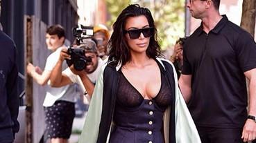 Kim Kardashian 推出 Kimoji 毛毛拖鞋,背後原因超感人
