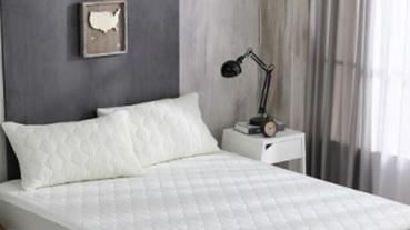 有了它就不怕弄髒床墊!PTT討論度超高的保潔墊,從尺寸、材質、功能開始配對最適合你的
