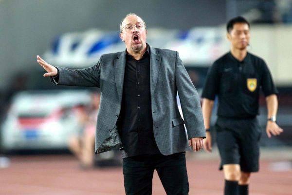 Rafael Benitez menjadi kandidat kuat pelatih baru Tottenham Hotspur.