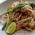 パッタイ - 実際訪問したユーザーが直接撮影して投稿した西新宿タイ料理マンゴツリーカフェ 新宿の写真のメニュー情報