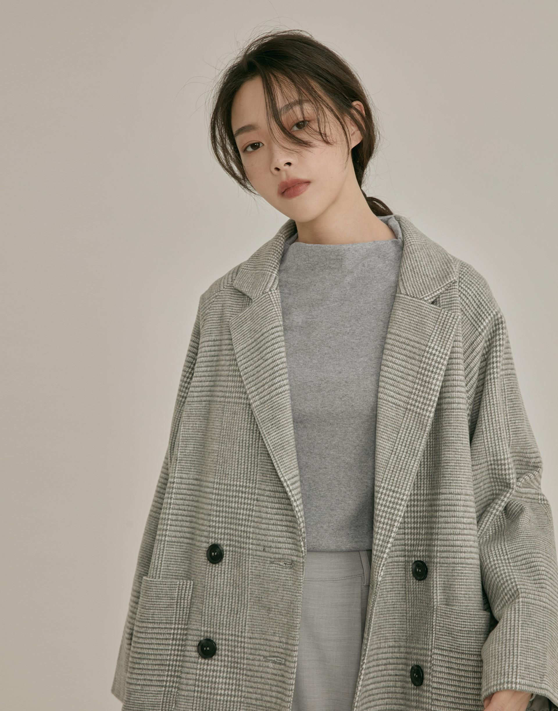 彈性:適中 MIT、基礎百搭版型、可內搭也可單穿、細緻羅紋