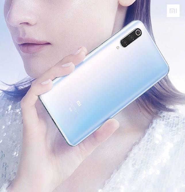 มีต่อ! Xiaomi Mi 9 Pro 5G ขุมพลัง Snapdragon 855 Plus ชาร์จเร็ว 40W พร้อมเผยดีไซน์ตัวเครื่อง