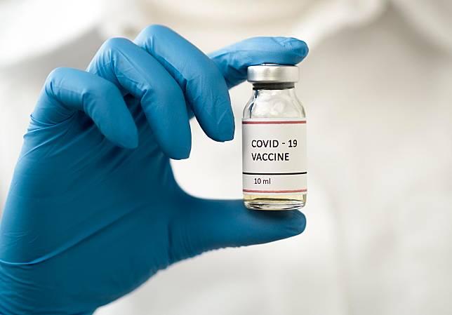 วัคซีนที่คนทั้งโลกรอคอย / freepik.com
