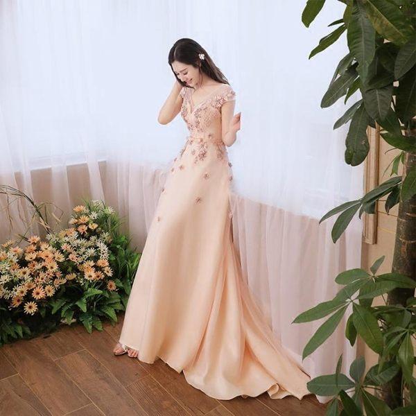 禮服 洋裝 婚紗韓式簡約輕婚紗小拖尾新娘宴會緞面顯瘦香檳色-小精靈生活館