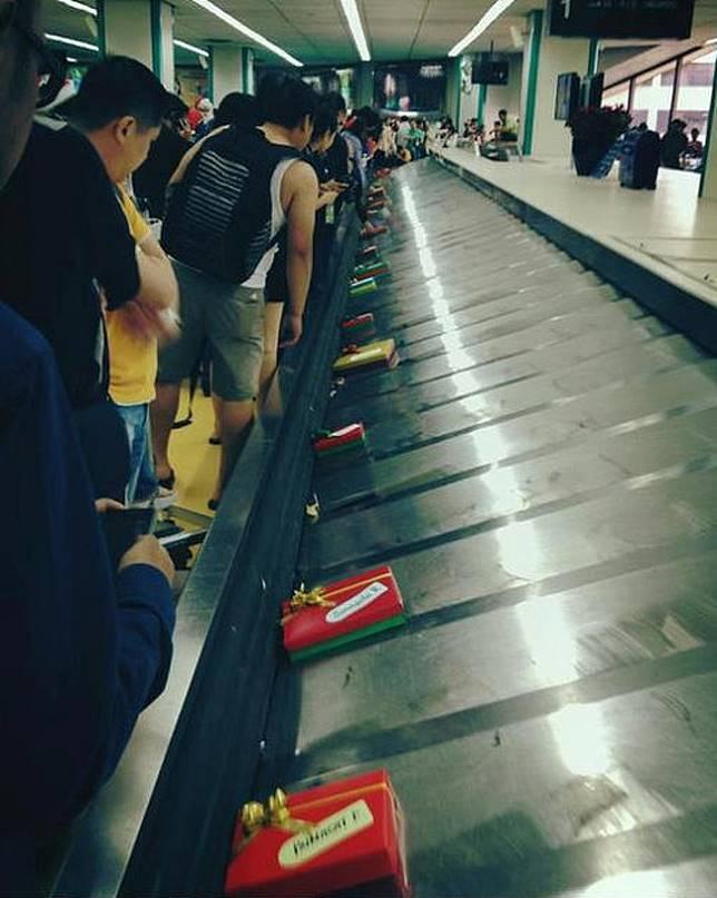 Hasil gambar untuk pembalut dan tampon gratis di toilet bandara columbus