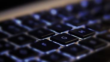 薄膜、機械軸、電容式、光學式電競鍵盤觸發原理大不同