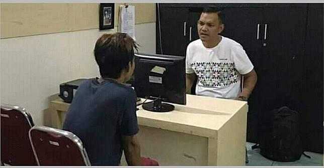 Kepalanya Ditendang Anak Kandung, Ibu di Surabaya Minta Polisi Tak Menahan Pelaku