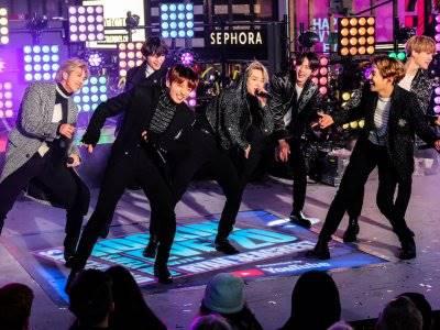 Pecahkan Rekor, Pre-Order Album Baru BTS Tembus 3,2 Juta Kopi